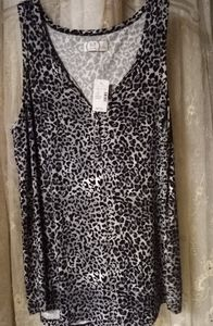 NWT Maurices 24/7  Leopard Print Henley Tank